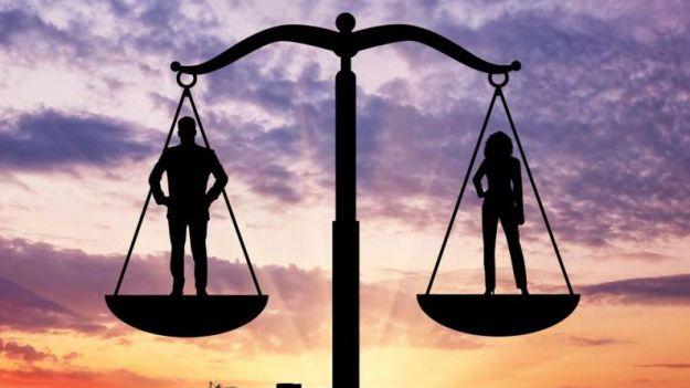 La recuperación económica se escribe en femenino