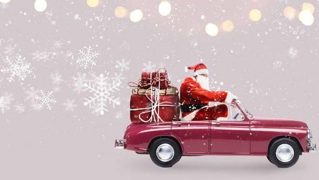 Papá Noel tardaría más de 700 años si entregara los regalos en coche
