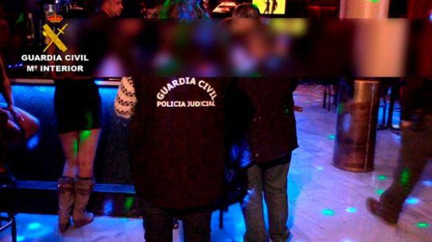 Dos menores de edad liberadas de un club de alterne en Mocejón (Toledo)