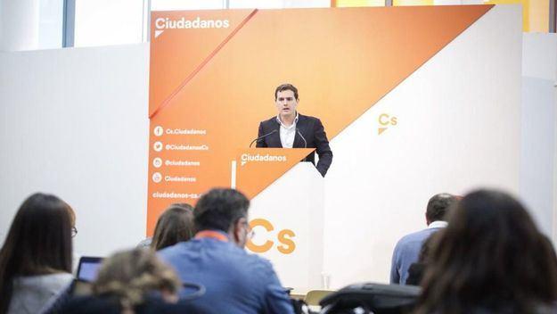 Nuevo varapalo al PP: Ciudadanos le adelanta en las encuestas