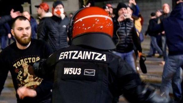 España propone a la UEFA medidas contra la violencia en partidos internacionales