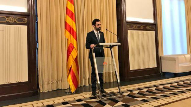 Torrent cede ante las presiones de Puigdemont