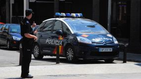 Tres detenidos en el País Vasco por ensalzar a ETA