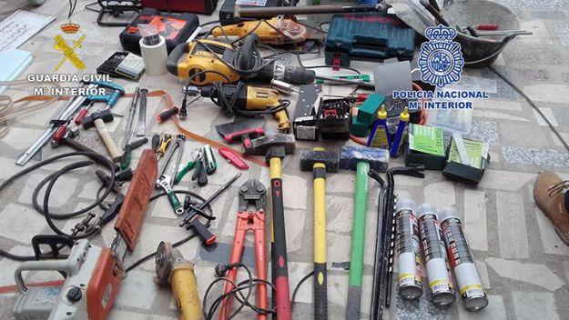 Desarticulado un grupo itinerante responsable de 39 robos en polígonos industriales y comercios