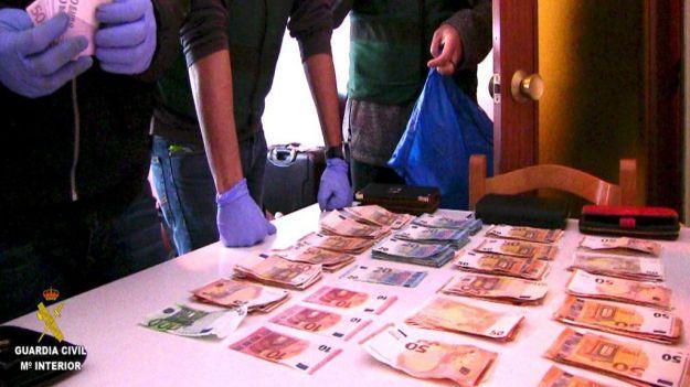 La Guardia Civil desmantela una rama de la mafia nigeriana en España