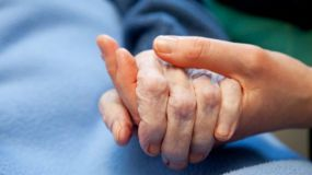La eutanasia no se debe vincular ni a la vejez ni a la discapacidad