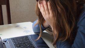 Acosó a menores de edad a través de Internet y abusó sexualmente de una de ellas