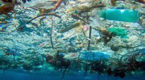 España lidera el vertido de plásticos al Mediterráneo