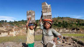 Casi el 10% de los niños trabaja