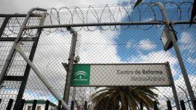 El Ministro de Interior busca suprimir las concertinas en la frontera