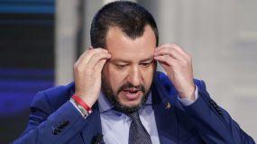 Los gitanos denuncian a Salvini por su medida racista ante el embajador