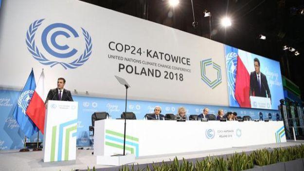 Pedro Sánchez y su huida hacia Polonia para combatir el cambio climático