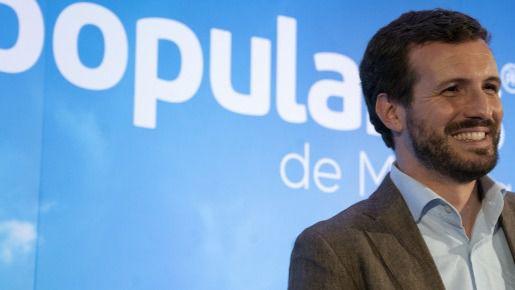 """Casado vuelve a tender la mano a Rivera con """"generosidad"""" para ganar a la izquierda"""