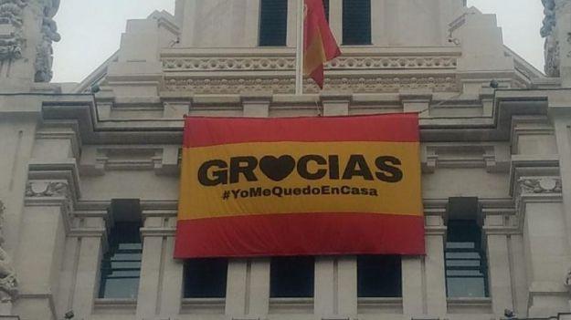 Madrid da las gracias a la población por quedarse en casa
