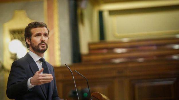 Casado apoya la prórroga tras denunciar la 'incompetencia' de Sánchez