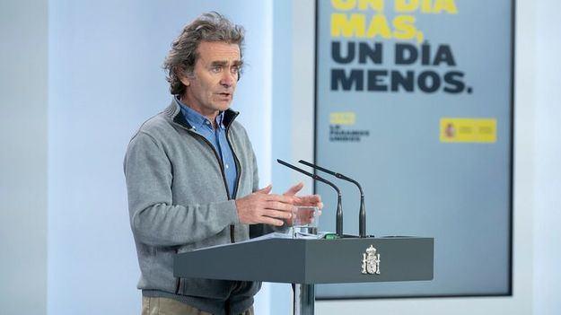 Covid-19: Doble de hospitalizaciones en un día frente al repunte de muertes y contagios en España