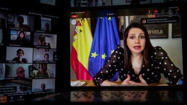 Inés Arrimadas carga contra Pedro Sánchez y anuncia que acordó con Pablo Casado