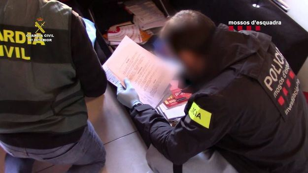 Desarticula una importante organización internacional dedicada al tráfico de seres humanos
