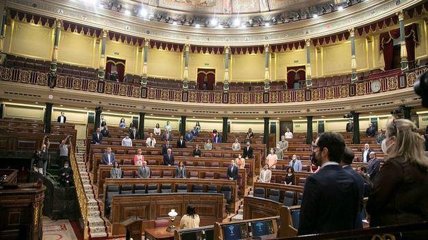El CIS de Tezanos eleva en intención de voto a PSOE y Ciudadanos con respecto a las últimas elecciones