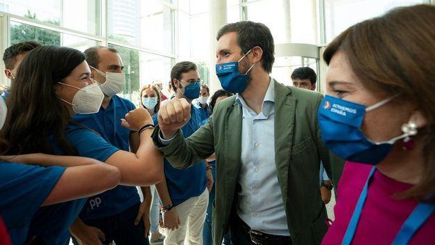 Casado reclama al Gobierno una 'acción sanitaria coordinada' que permita a 'los españoles estar tranquilos'