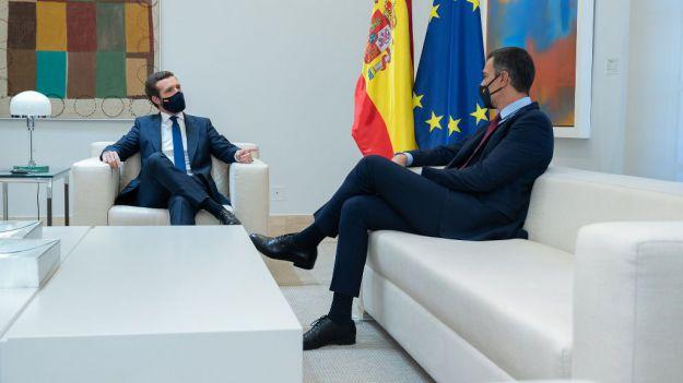 Montesinos defiende los pactos propuestos por Casado frente a 'la maquinaria de propaganda de Moncloa'