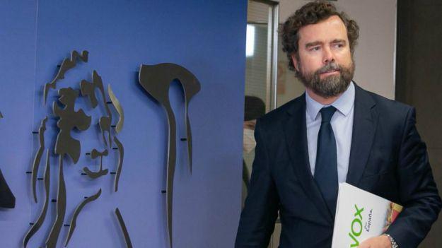 Iván Espinosa: 'Es anormal que el Gobierno llame a todas las formaciones separatistas y no al tercer partido de España'
