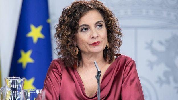 Montero: 'La regla de gasto se suspende para 2020'