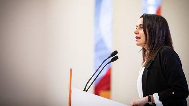 Arrimadas: 'Sánchez debe elegir entre el camino moderado de Cs o el de las locuras económicas y cesiones al separatismo'