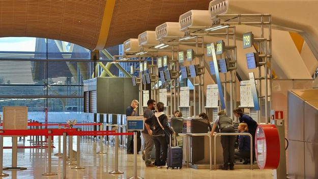 La debacle del turismo se ceba con la red de AENA