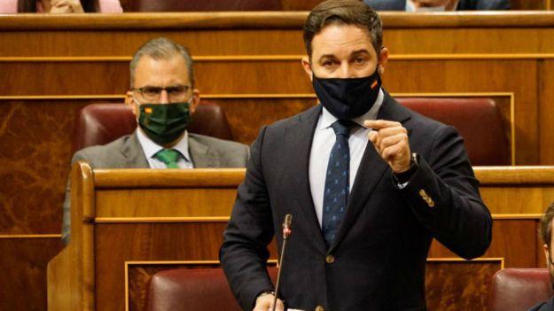 Abascal recuerda a Sánchez su hemeroteca: 'Pida perdón a los españoles y márchese'