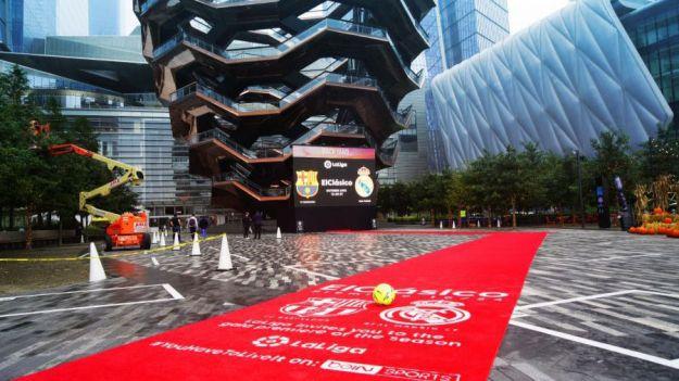 LaLiga despliega alfombras rojas en medio mundo para recibir al 'clásico'