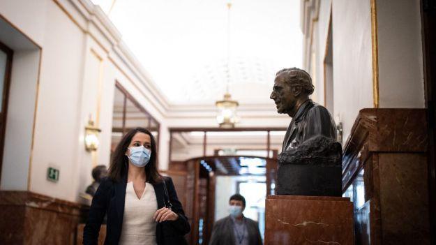 Arrimadas: 'Pedimos al Gobierno que tome el control de la pandemia ya y decrete un Estado de Alarma'
