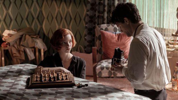 'Gambito de dama' es el éxito arrollador de Netflix que nadie se esperaba