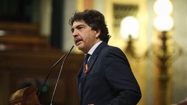 El PP considera que Ciudadanos ha cometido un 'error' al haber jugado 'a dos bandas' y afea la postura de Vox