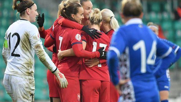 El encuentro entre República Checa y Moldavia se salda con siete goles a cero