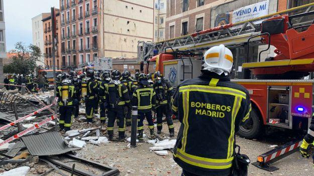 Al menos dos fallecidos en una explosión en una céntrica calle de Madrid