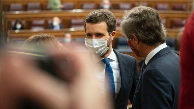 Casado pide a Sánchez que siga el ejemplo de Draghi 'o acabará como Tsipras'