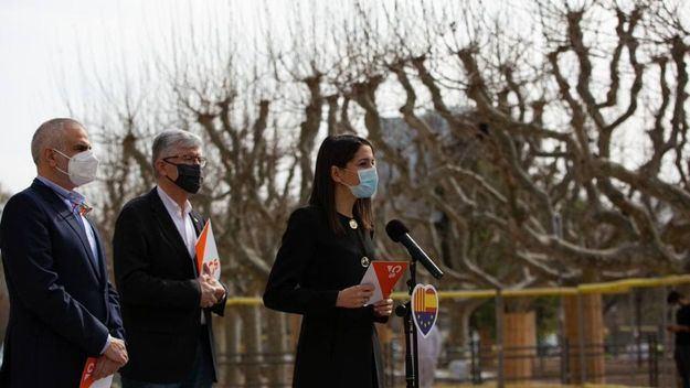 Arrimadas: 'PP y PSOE están de acuerdo en repartirse la justicia, su único escollo es a ver a quién ponen'