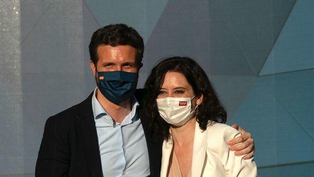 Casado: 'Sánchez es como el mago de los pueblos al que se le ven todos los trucos de la propaganda'