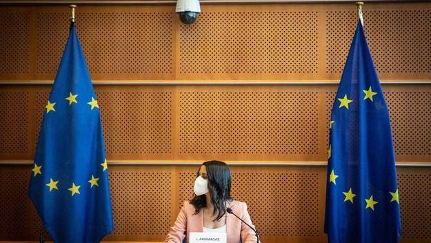Arrimadas defiende en Bruselas la democracia española frente a los indultos