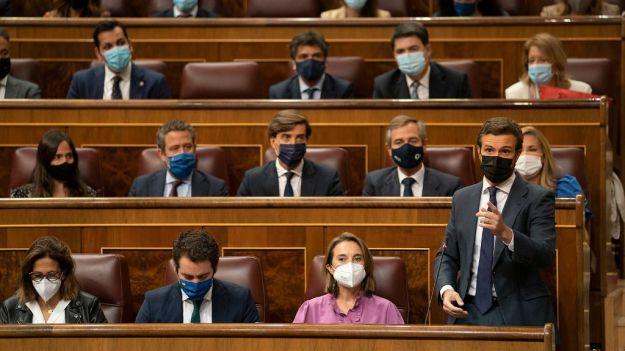 Casado ofrece a Sánchez renovar los demás órganos constitucionales mientras acepta la despolitización del CGPJ