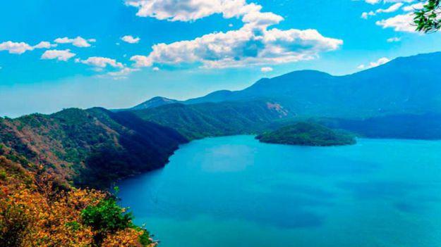 El Salvador: Lago de Coatepeque