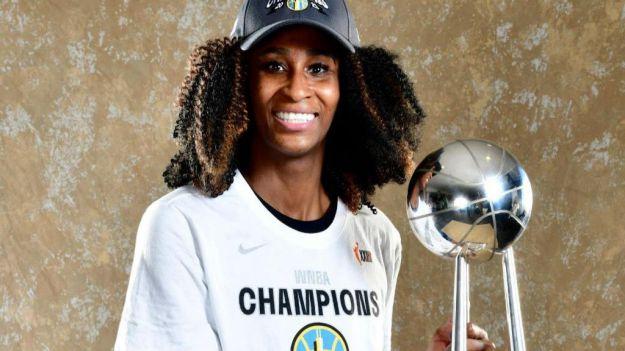 Astou Ndour ya es la tercera española campeona de la WNBA