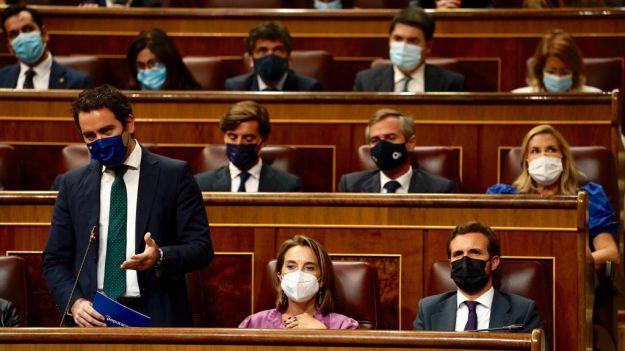 García Egea denuncia la estrategia de 'des-empleo' del Gobierno