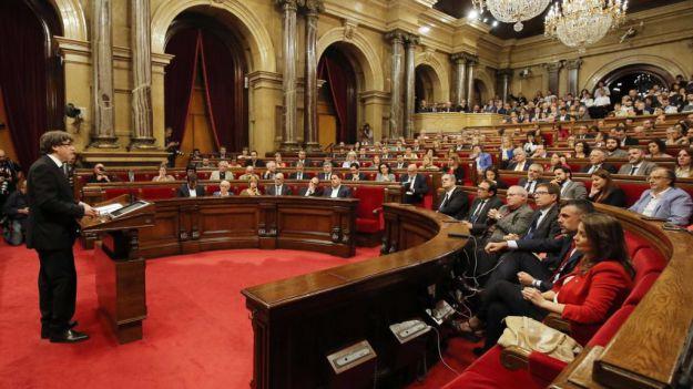 Discurso íntegro en el que Puigdemont declara la independencia de Cataluña y la suspende