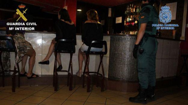 Desarticulada una organización criminal internacional dedicada a la trata de mujeres