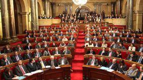El Parlament reabre por el 155