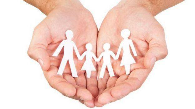 'Se buscan familias' para fomentar la figura del acogimiento familiar