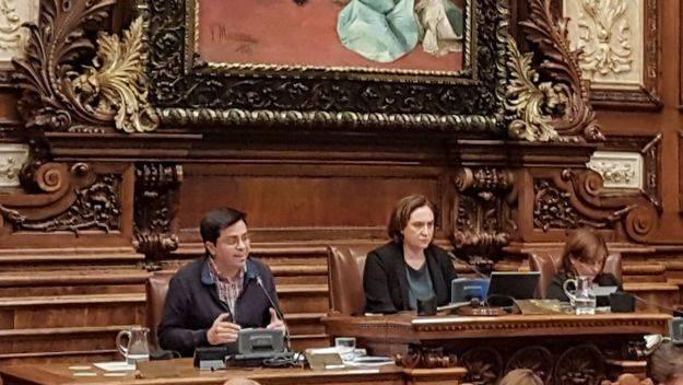 Colau dice que Puigdemont es el presidente de la Generalitat