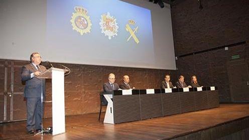 Zoido: 'En España no hay nadie que esté preso por sus ideas'